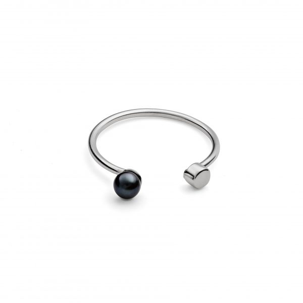 Black Pearl Dot Ring